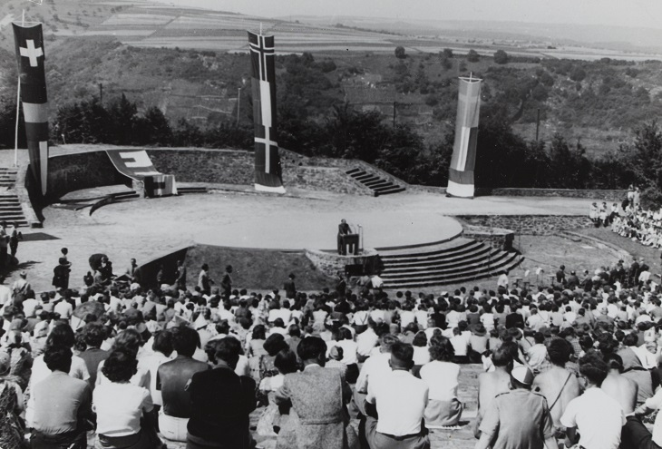 International camp for European Youth at the Loreley, Germany, 1951. HAEU, CS 94