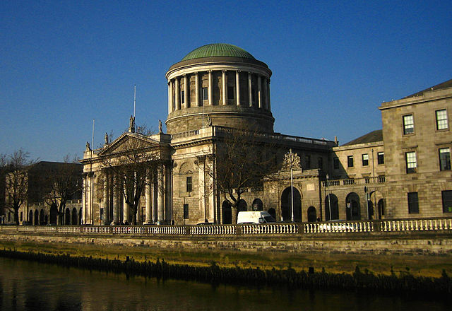 640px-Four_Courts,_Dublin,_Ireland