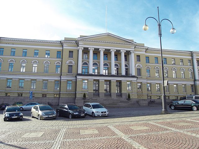 University_of_Helsinki_-_panoramio